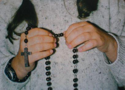Na czym polega siła modlitwy różańcowej?